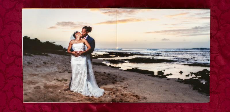 une seule photo sur double page, plage de la Chapelle, Anse-Bertrand, Guadeloupe